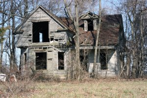 Abandoned_House_by_mooredodge